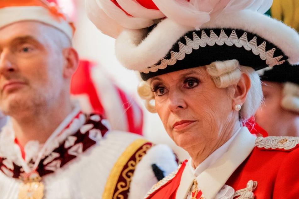 """""""Allgemeines Besäufnis!"""" Reker steht zu ihrer Karneval-Kritik"""