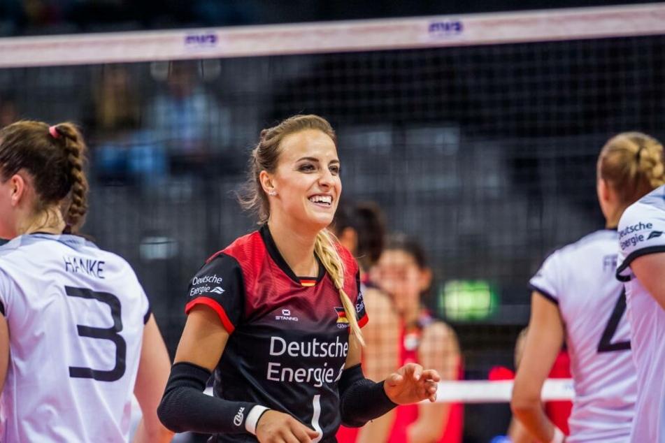 Nationalspielerin Lenkt Dürr unterschrieb beim DSC einen Vertrag bis 2021.