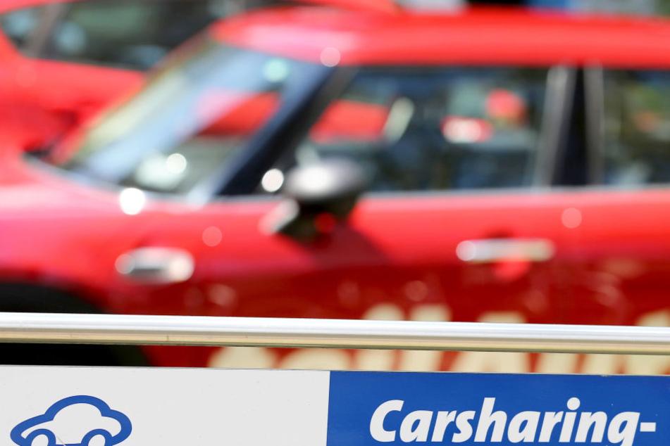 Mit dem neuen flexiblen Carsharing-Konzept kann man Autos auf allen öffentlichen Parkplätzen abstellen, nicht nur auf denen der Anbieter.