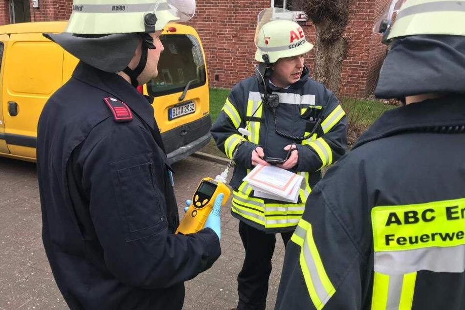 Die Feuerwehr koordinierte den Einsatz vor Ort.