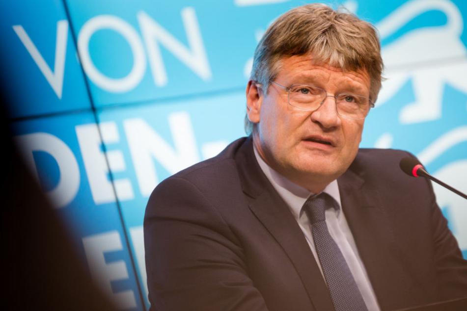 Kritisiert die Äußerungen von Bundesinnenminister Horst Seehofer als nicht glaubwürdig: Jörg Meuthen. (Archivbild)