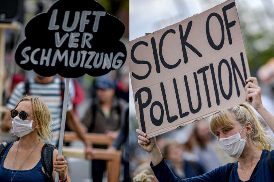 Teilnehmer gingen am Samstag in Kiel auf die Straße.