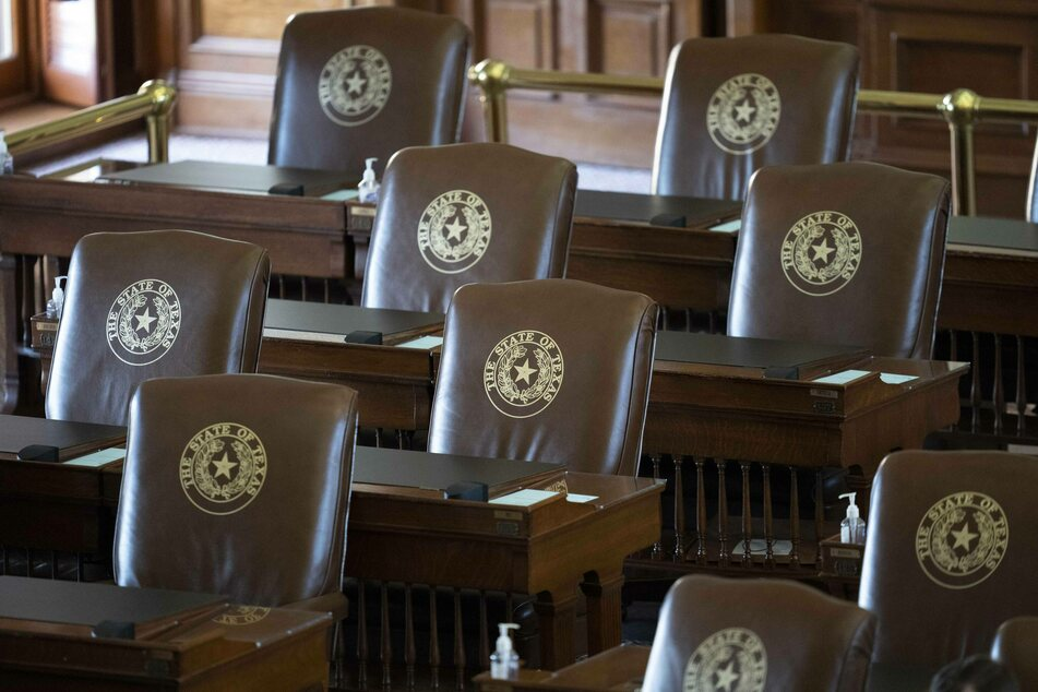 Texas House meets quorum and passes restrictive voting bill