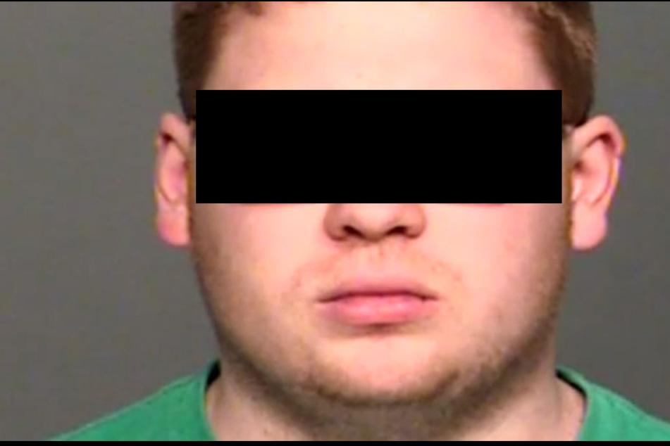 Der 26-jährige Pflege-Vater Kyle R. ist wegen Kindes-Vernachlässigung und Körperverletzung angeklagt.