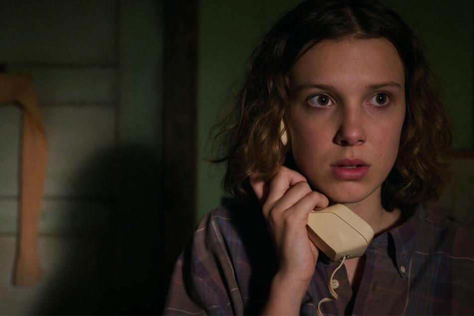 Eleven alias Elfi (Millie Bobby Brown) hat Angst: Auch in Staffel Drei ist die düstere Bedrohung wieder spürbar.