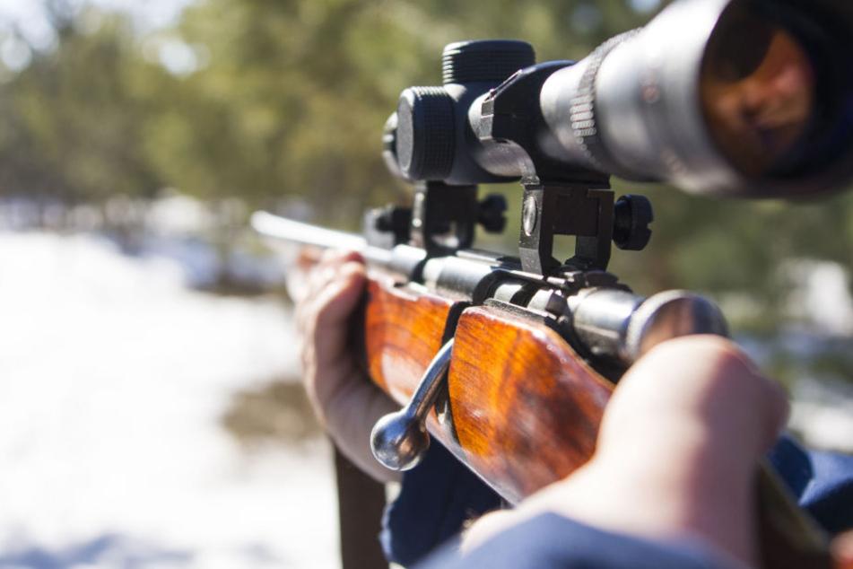 War es Mord? Frau (47) bei Jagd von tödlichem Schuss getroffen