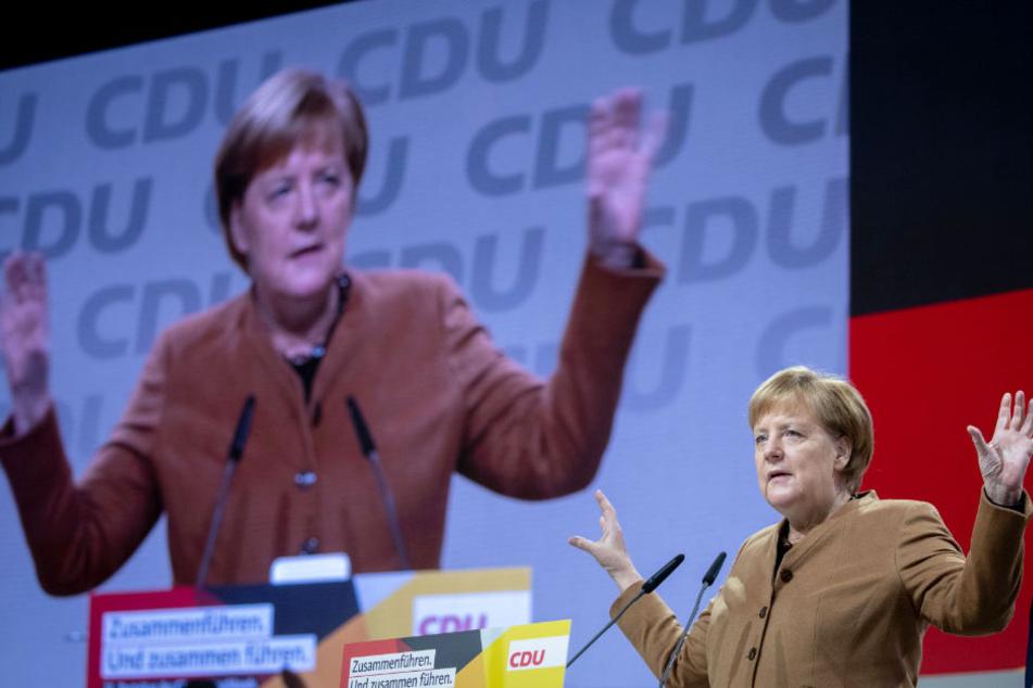 Angela Merkel probte am Freitag schon einmal ihren Auftritt auf dem Bundesparteitag der CDU in Hamburg.