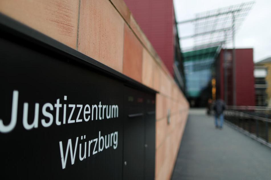 Der Prozess findet vor dem Landgericht in Würzburg statt (Symbolbild).