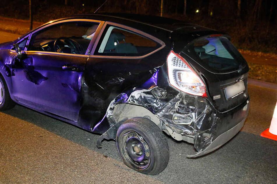 Die Ford-Fahrerin rammte beim Spurwechsel einen Passat.
