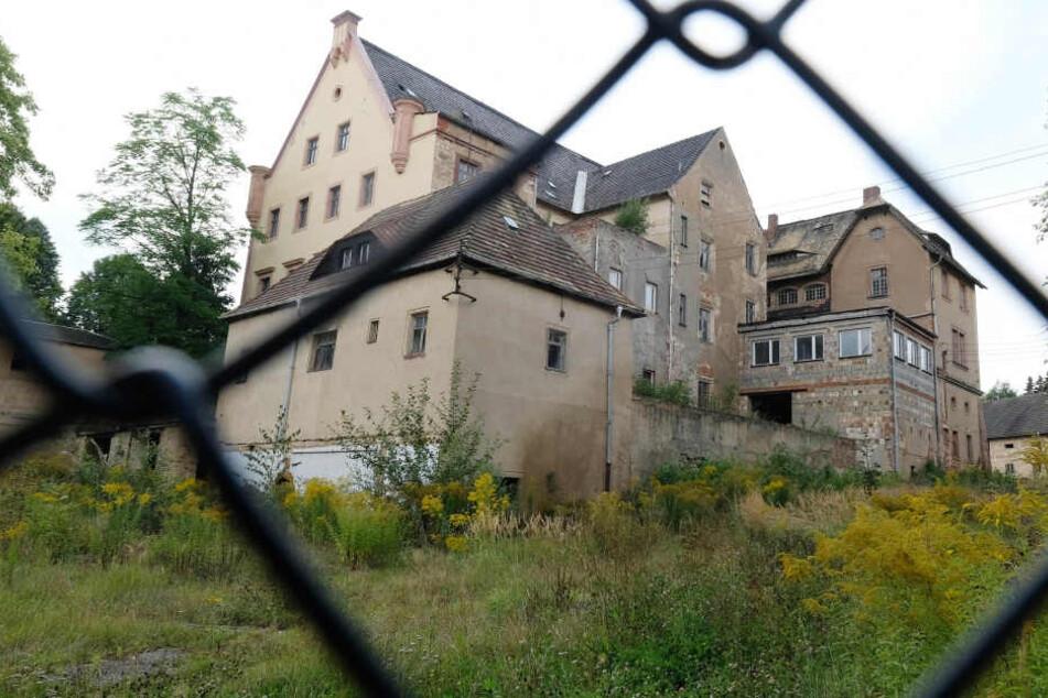Nach KZ-Skandal: Rittergut von Neonazi Hoffmann kommt erneut unter den Hammer