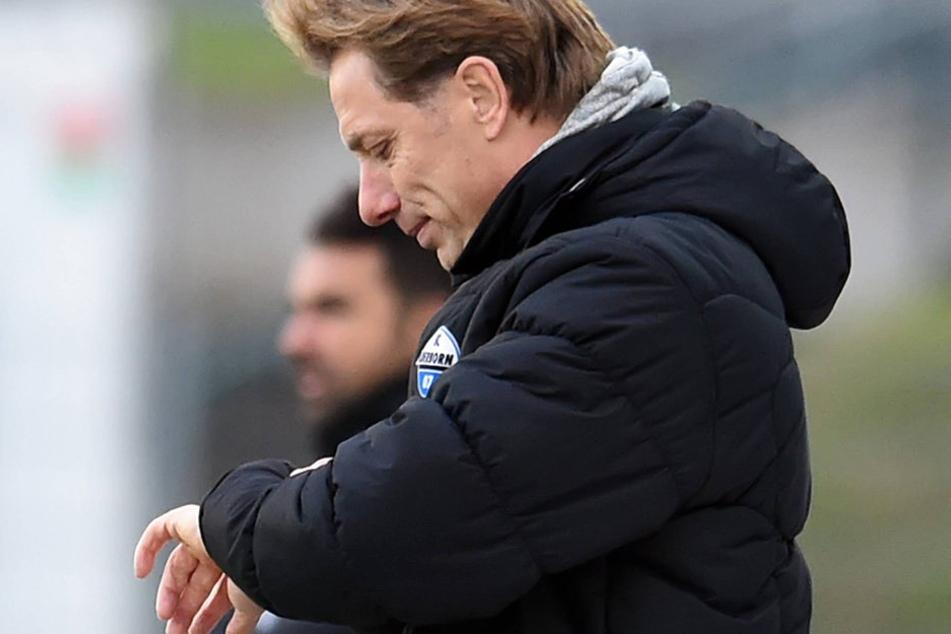 Seine Zeit ist abgelaufen. René Müller (hier beim Spiel in Lotte) ist nicht mehr Trainer des SC Paderborn.