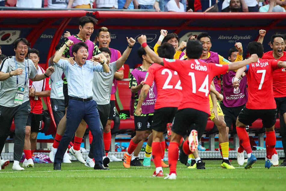Südkorea konnte in der Nachspielzeit doppelt jubeln, Deutschland war durch die 0:2-Niederlage ausgeschieden.