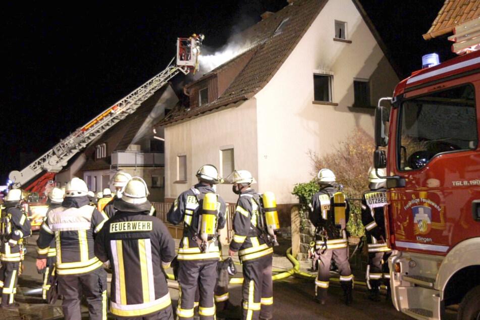 Flammen-Inferno in Wohnhaus: Rentner-Ehepaar hat Glück im Unglück