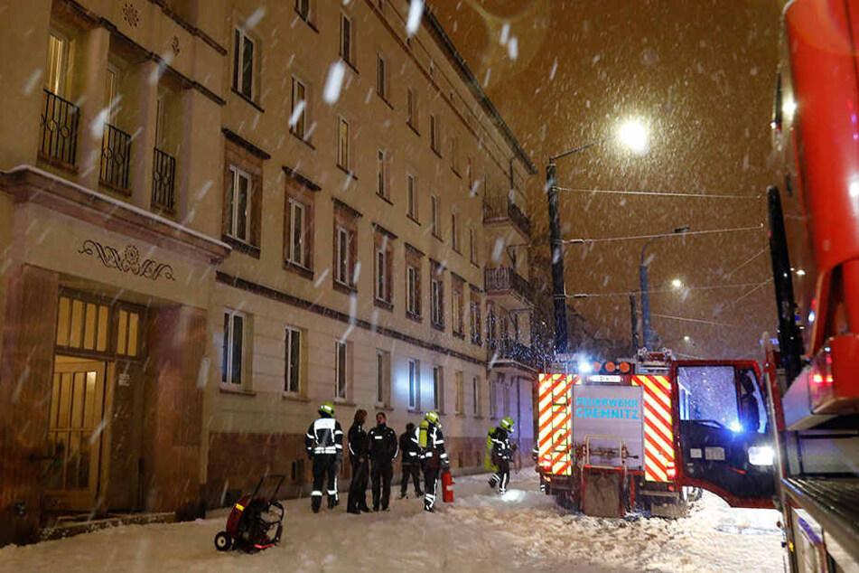 Bei dem Wohnungsbrand wurde ein 35-Jähriger verletzt.
