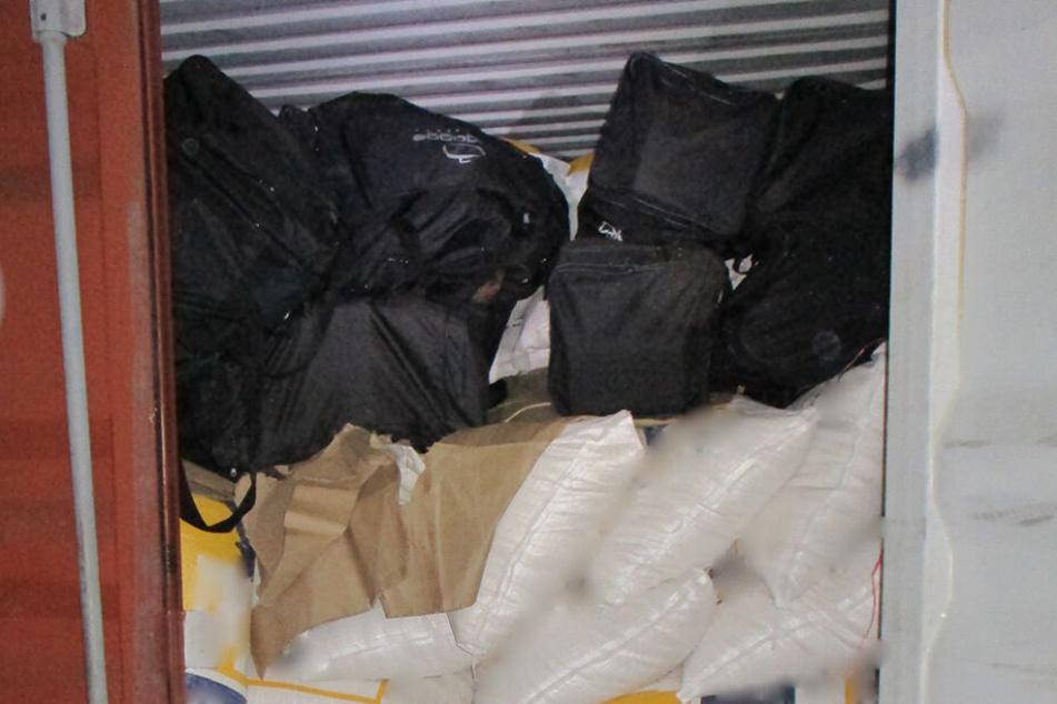 Das Kokain war in Reisetaschen versteckt.