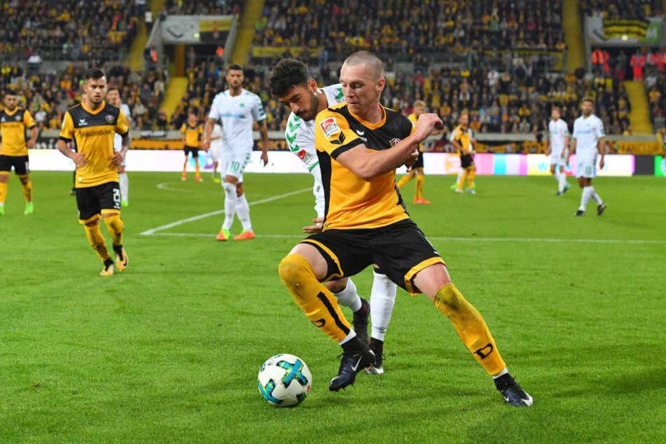 Mit kurzen, wendigen Richtungswechseln ließ Haris Duljevic seine Gegenspieler immer wieder ins Leere laufen.