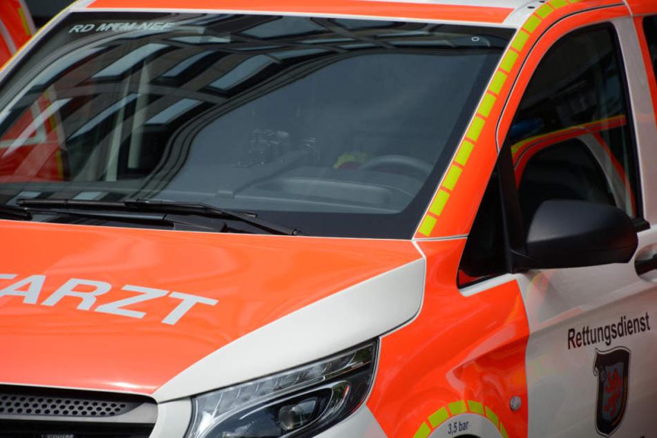 Ein Verletzter wurde ausgeflogen, ein anderer Mann medizinisch versorgt. (Symbolbild)