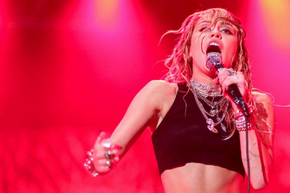 Miley Cyrus machte Schluss! Das ist der Grund für Trennung von Kaitlynn Carter