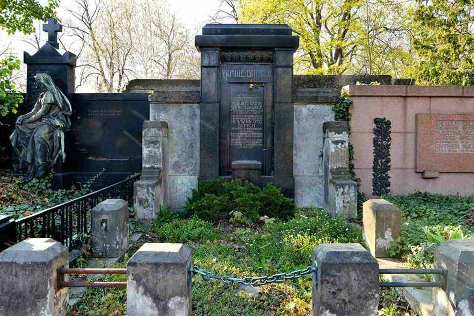 Das Grab von Otto Hermann Dittrich (1864-1929) wird gerettet.
