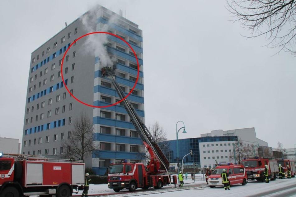 Großeinsatz! Wohnungsbrand in 7. Etage in Hoyerswerda