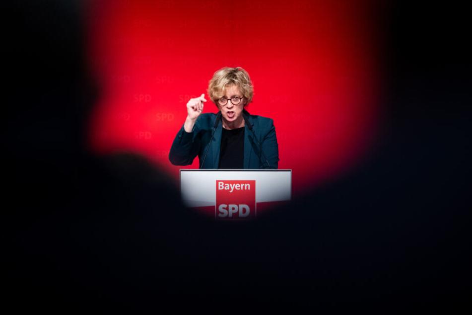 Natascha Kohnen, Landesvorsitzende der SPD in Bayern, spricht beim Landesparteitag.