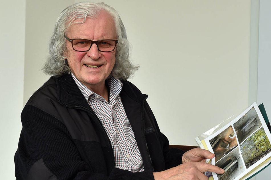 Herman Häse (76) mit Plänen für seine Lochmühle. In der Freizeit spielt der frühere Hoteldirektor Saxophon.