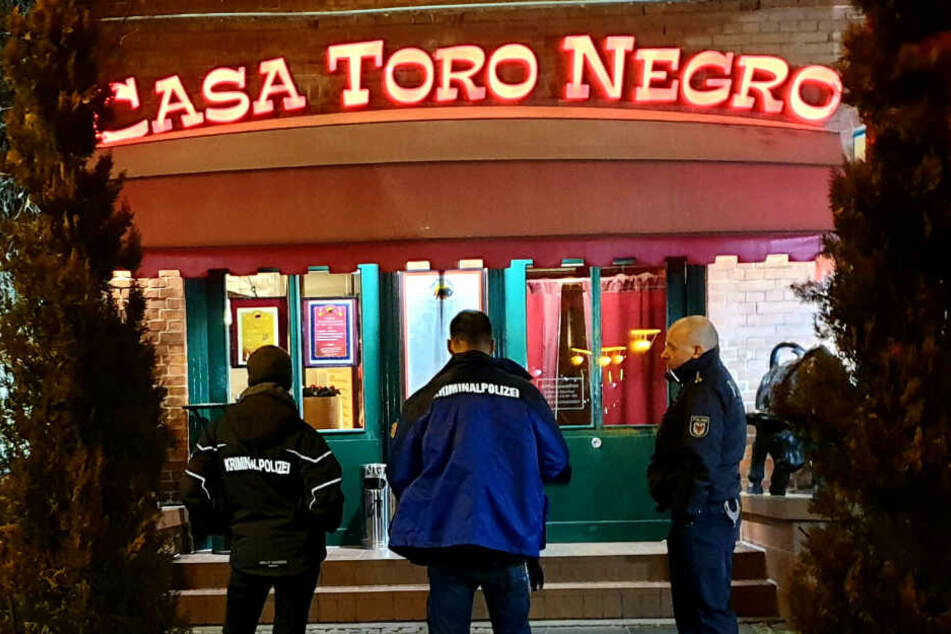 Berlin: Raubüberfall in Gaststätte: Familienmitglied leert Tageskasse