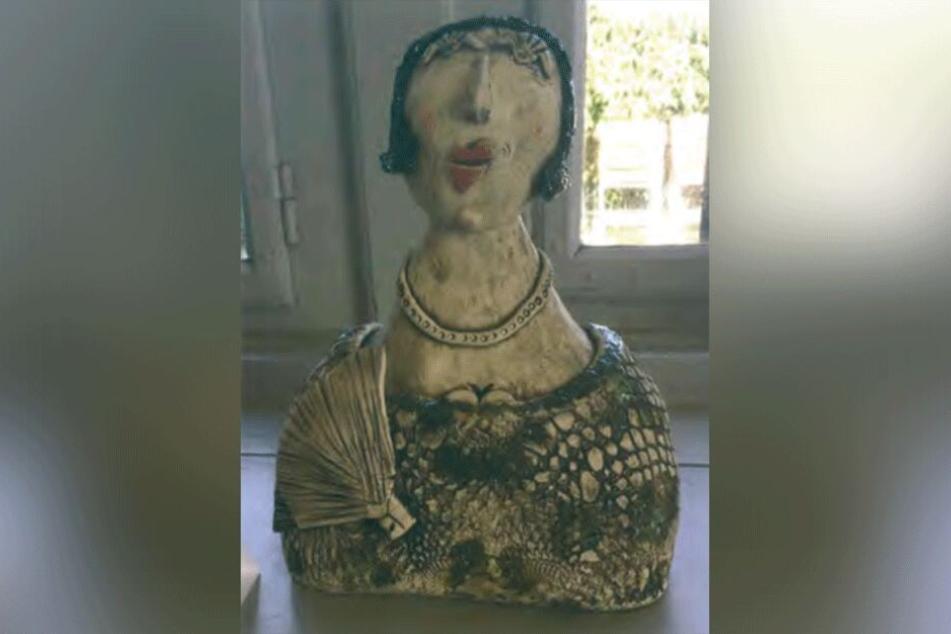 """Die Keramikfigur """"Dame mit Fächer in der Oper"""" wurde gestohlen."""