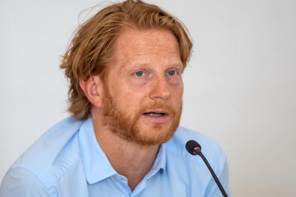 """Baubürgermeister Michael Stötzer (47, Grüne) informierte über die geplante Sanierung der """"Bazillenröhre""""."""
