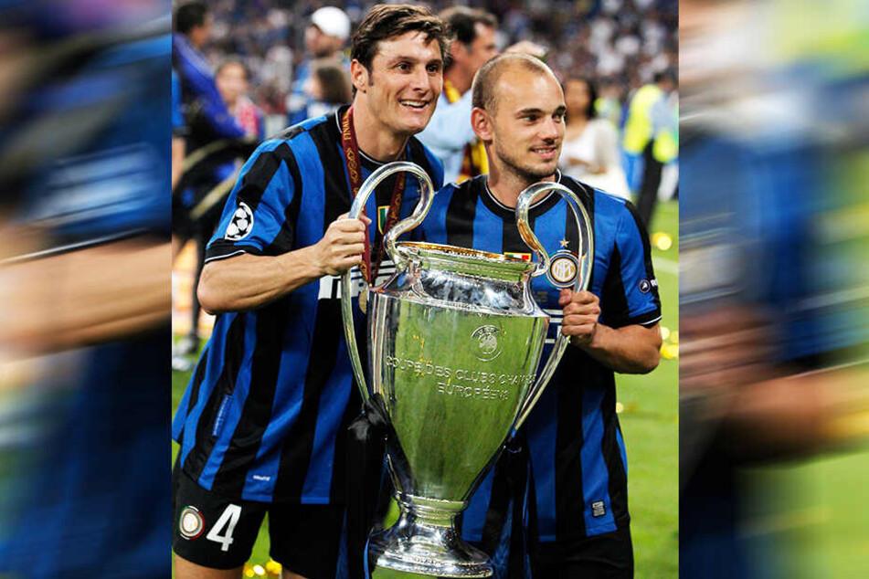 Wesley Sneijders (r.) größter sportlicher Moment: Mit Inter Mailand schlug er 2010 im Finale der Champions League den FC Bayern München mit 2:0.