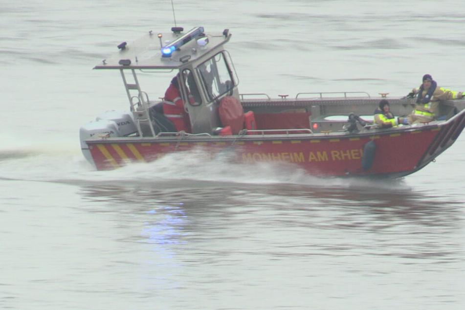 Wasserleiche im Rhein bei Dormagen geborgen