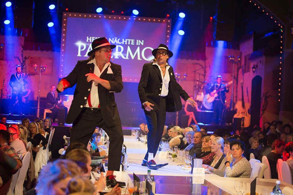 """Die Show-Stars """"Schlicht & Kümmerling"""" alias Joachim Lippmann (59) und  Kai Neumayer (49) sind die Publikumslieblinge bei """"Mafia Mia""""."""