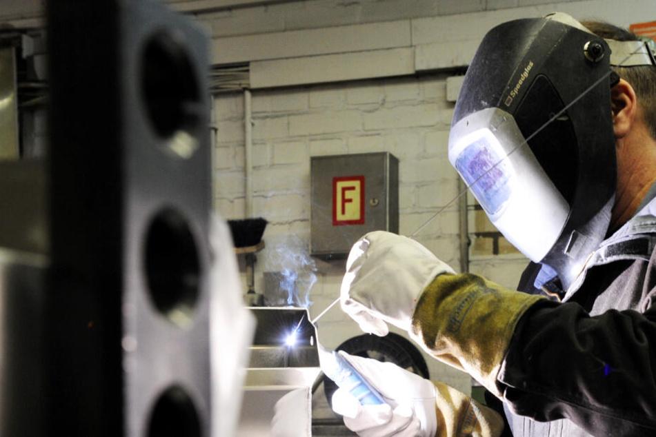 Viele Jobs bald weg? Metall- und Elektroindustrie fährt Kapazitäten deutlich zurück