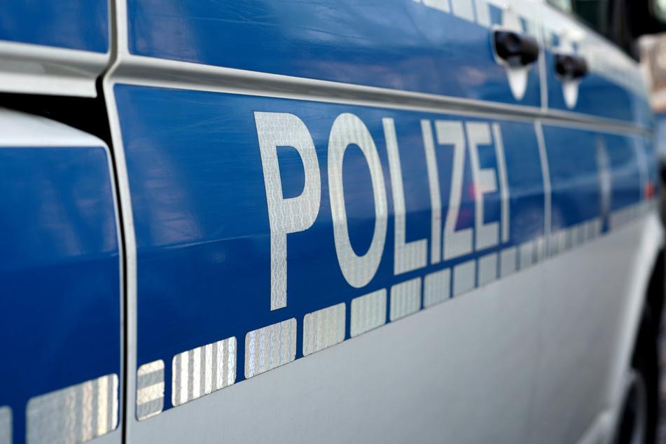 In Dresden-Nickern stießen Polizeibeamte auf ein Motorrad, das im Mai in Radebeul geklaut wurde. (Symbolbild)