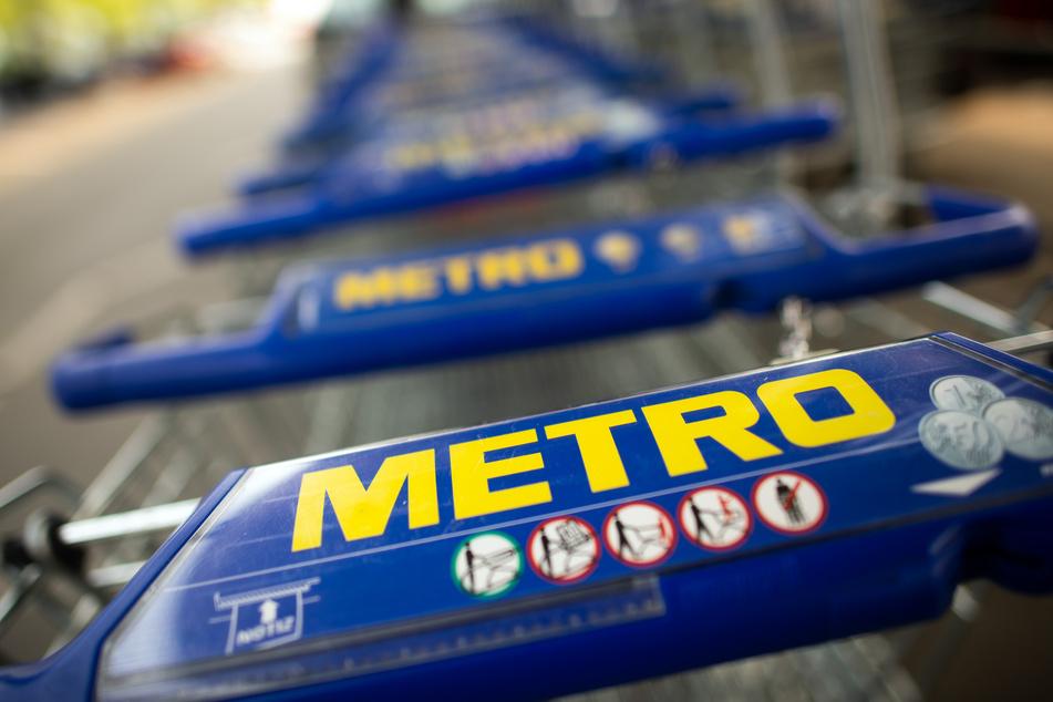 Insgesamt stand bei Metro für das erste Geschäftshalbjahr bis Ende März ein Verlust von 32 Millionen Euro zu Buche.