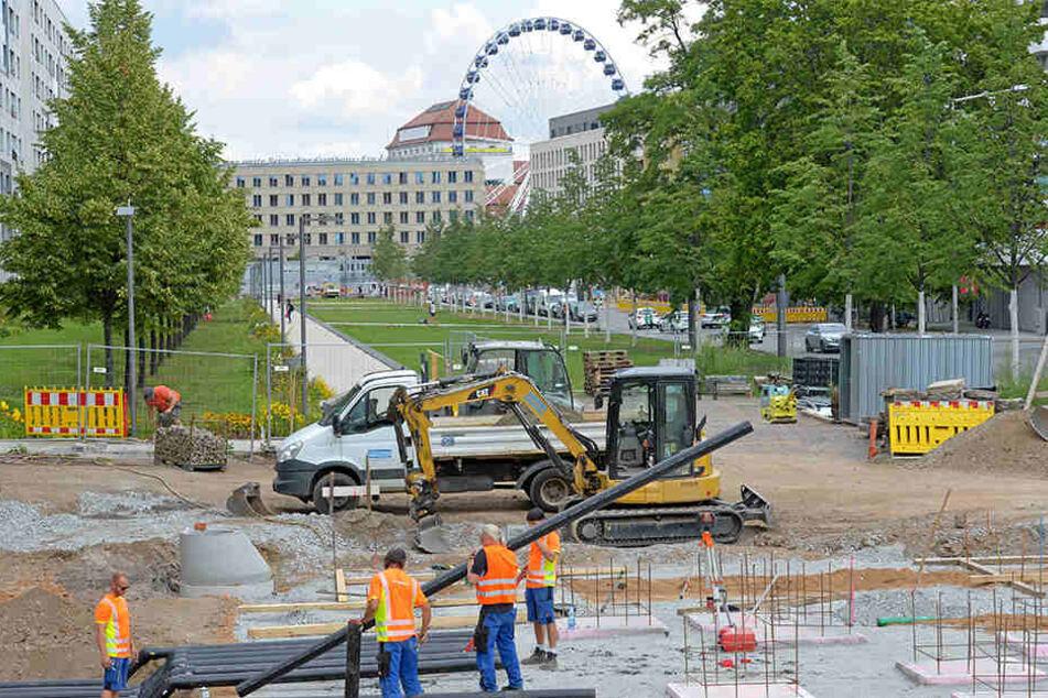 Bevor am Dippoldiswalder Platz der Wiederaufbau des Schalenbrunnens beginnen kann, müssen noch einige Arbeiten vollbracht werden.