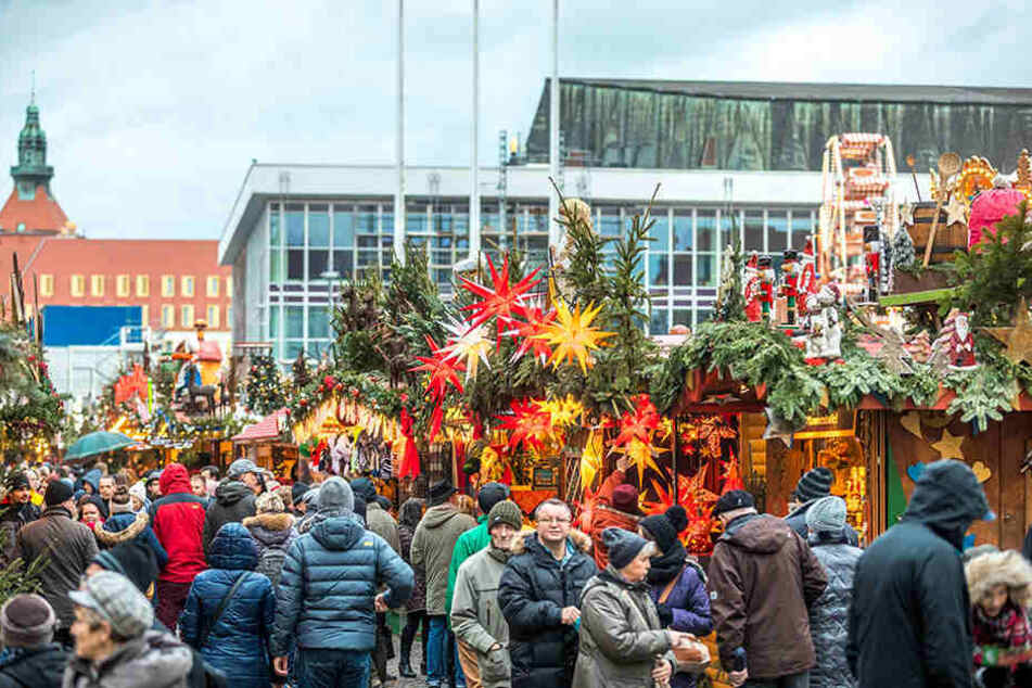 Speziell am 2. und 3. Adventswochenende war der Striezelmarkt sehr gut besucht.