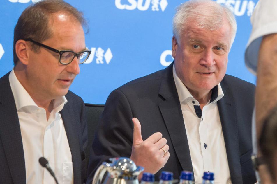 Vorstandssitzung der CSU: Seehofer stellt seinen Asyl-Masterplan vor