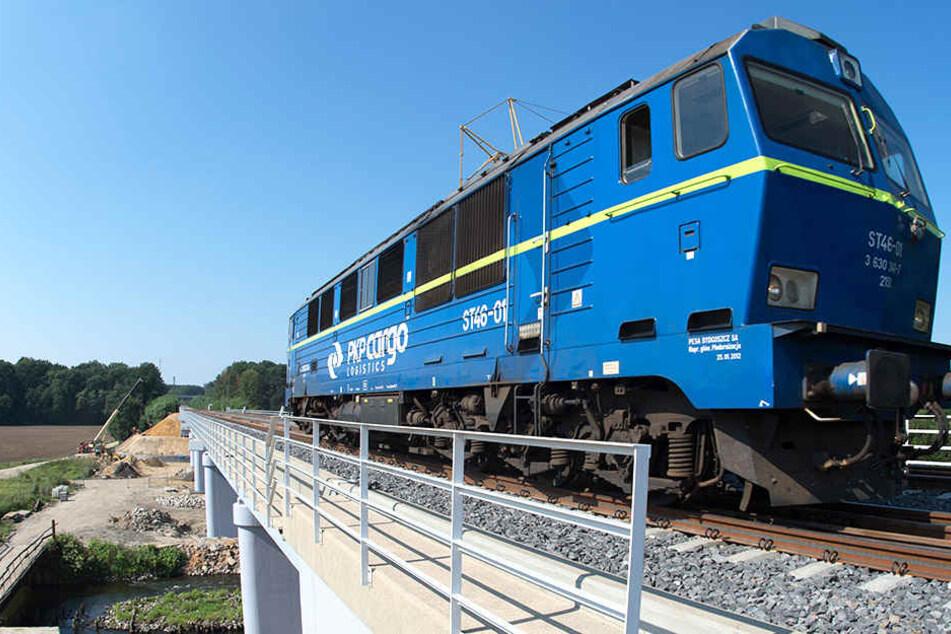 Bald rollt hier der Bahnverkehr. Der Endspurt an der Niederschlesien-Magistrale nähert sich dem Ende.