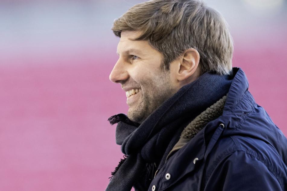 Vorstandsboss Thomas Hitzlsperger (39) ist von den VfB-Talenten überzeugt.