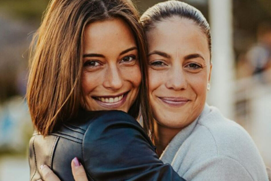 Bachelor-Gewinnerin Jennifer Lange und LaFee sind unzertrennlich