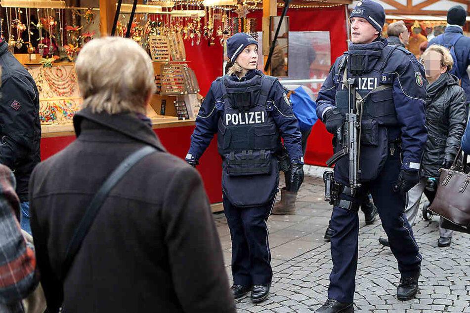 So sichert die Polizei den Weihnachtsmarkt in Bielefeld