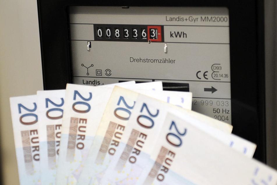 Erneut müssen Verbraucher mehr für die Stromversorgung zahlen.