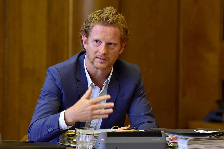 Baubürgermeister Michael Stötzer (44, Grüne) ließ den Stadtrat am Mittwoch über frische Millionen abstimmen.