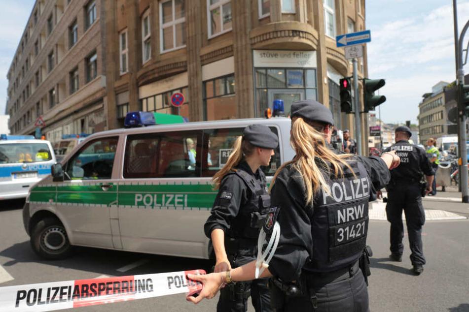 Nach Razzien in Köln und Düren: Mutmaßlicher Gefährder auf freiem Fuß