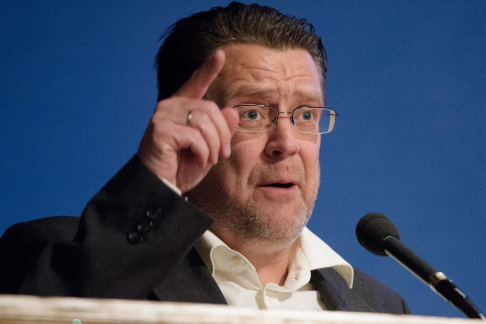 Bereits des Öfteren fiel der AfD-Politiker Stephan Brandner durch seine direkte und provokante Art auf.