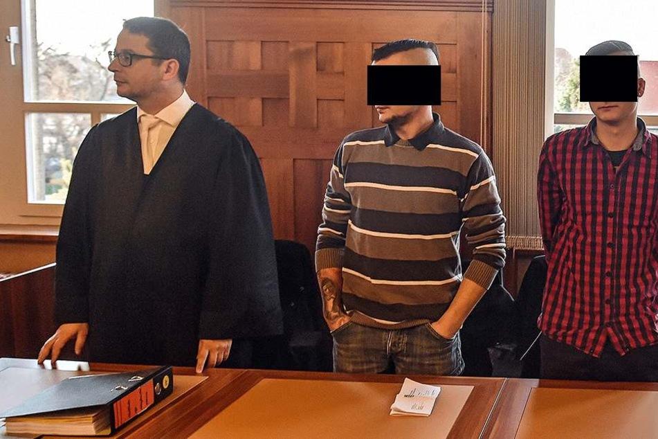 Michael (re.) und Mike H. stehen gemeinsam vor Gericht.