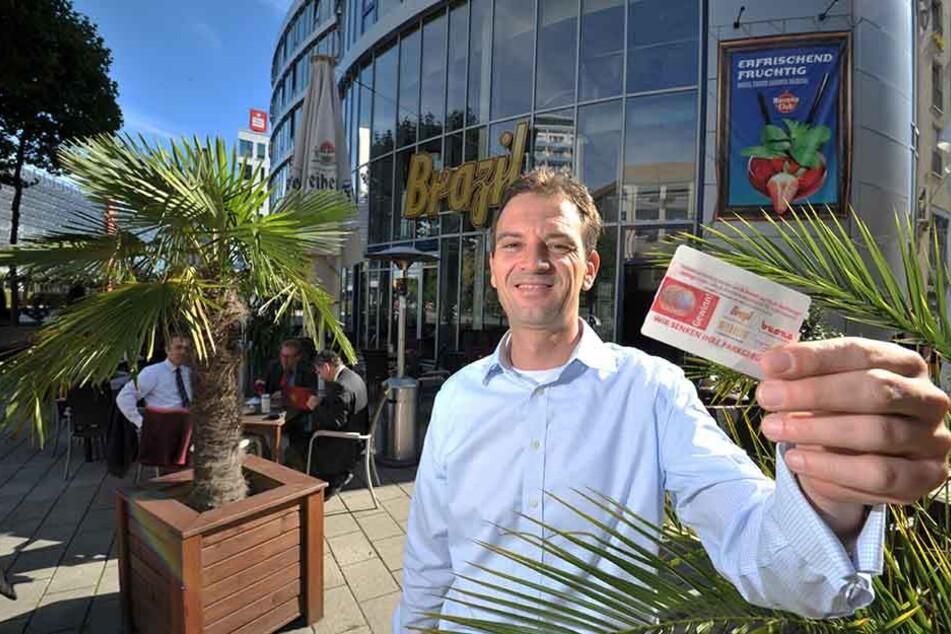 Brazil-Wirt Gernot Roßner (45) erstattet Gästen Parkkosten - drei Euro ab 19  Euro Rechnung.