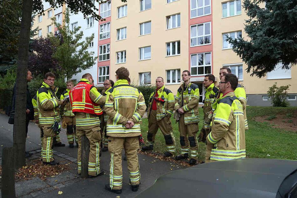 Die Kameraden der Feuerwehr sind vor Ort.