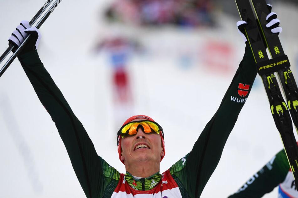 Kombinierer Eric Frenzel hat völlig überraschend seinen sechsten Weltmeister-Titel eingefahren.